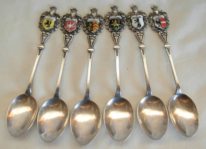 VINTAGE REU 800 SILVER TRAVEL SHIELD SOUVENIR ENAMELED SPOONS W/ GERMAN CITIES